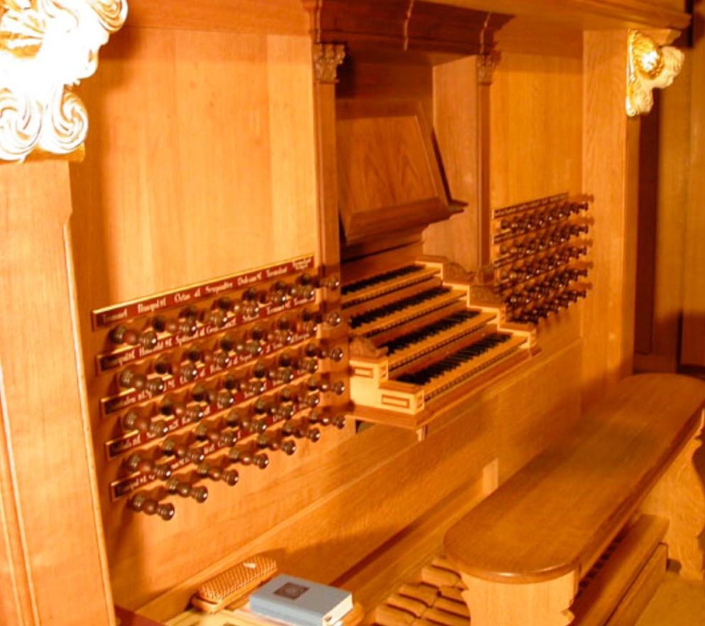 Abbildung 2: Spieltisch und Pedale der Arp-Schnitger-Orgel